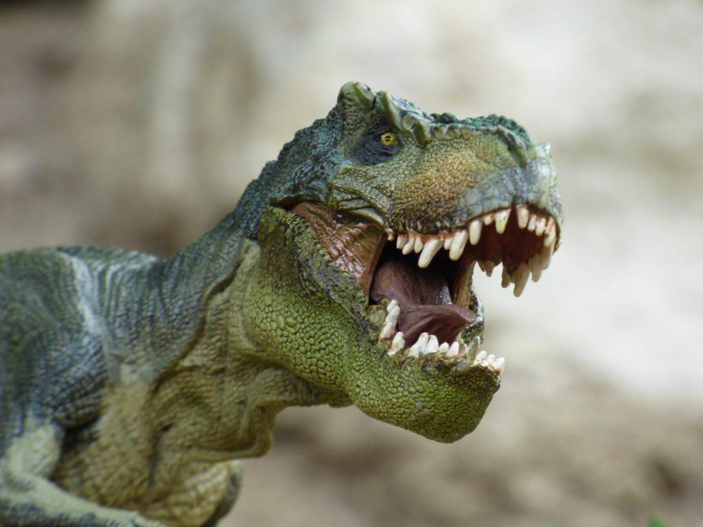 Ein Tyrannosaurux Rext lacht über einen wirklich guten Dinowitz